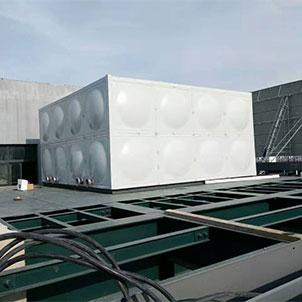 进行不锈钢保温水箱安装时需要注意的问题